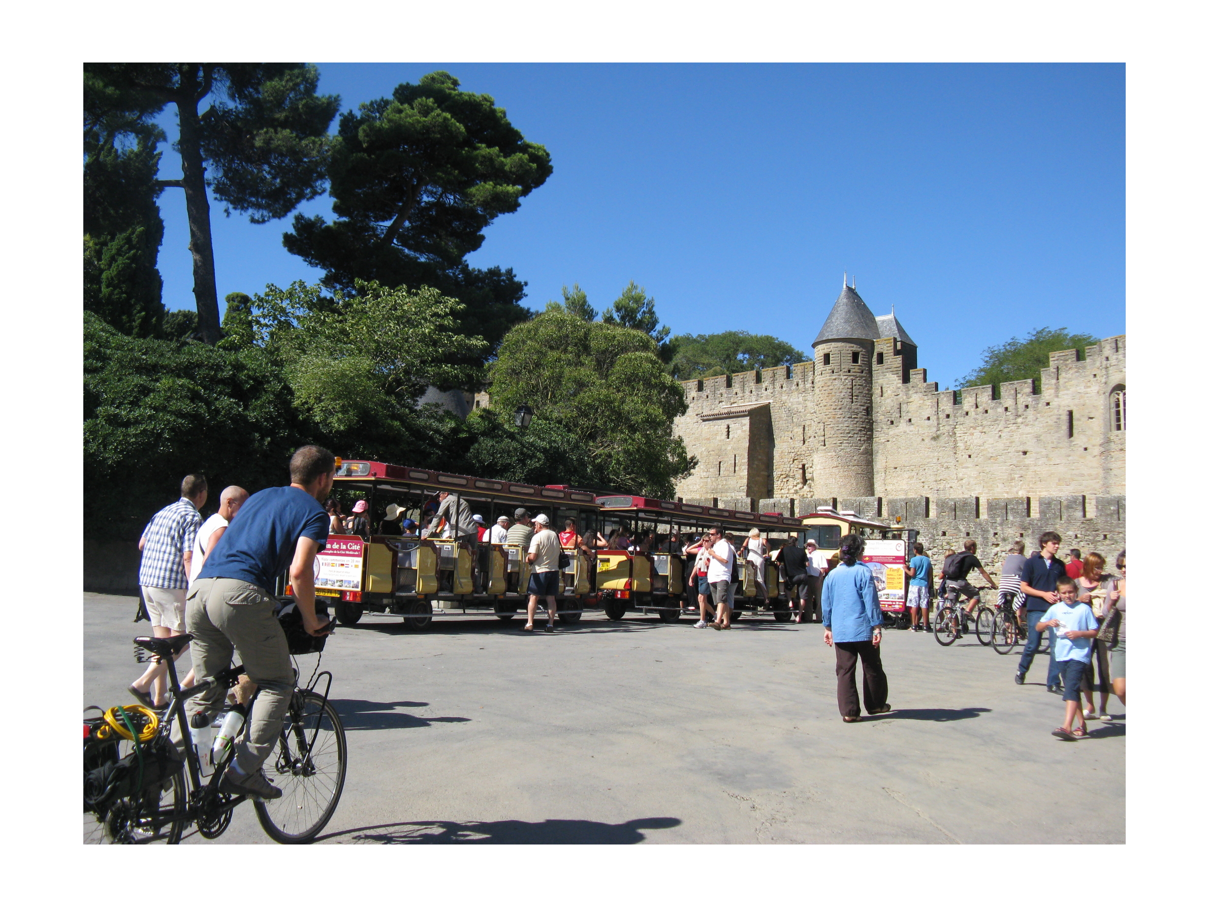 Cit de carcassonne les voyages immobiles for Porte narbonnaise